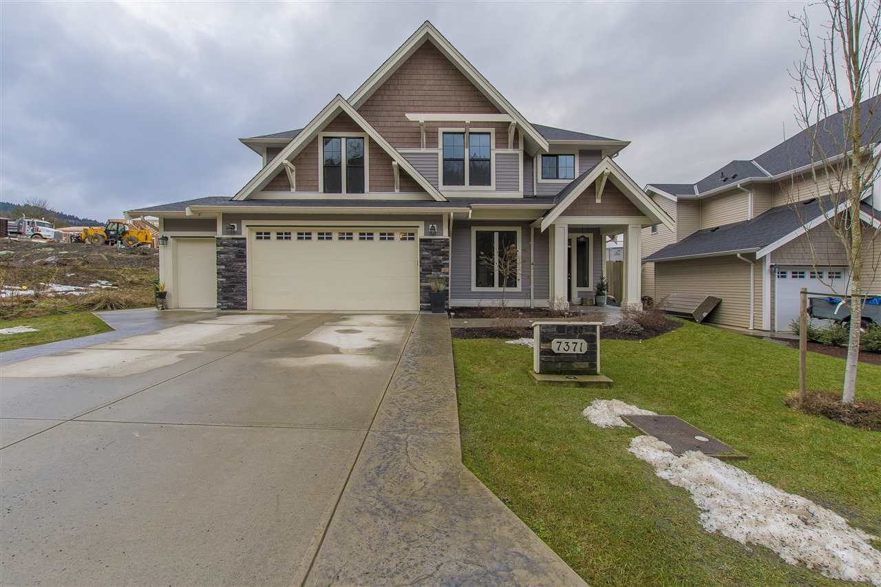 "Photo 1: Photos: 7371 RAMSAY Place in Chilliwack: Eastern Hillsides House for sale in ""ELK CREEK ESTATES"" : MLS® # R2236046"