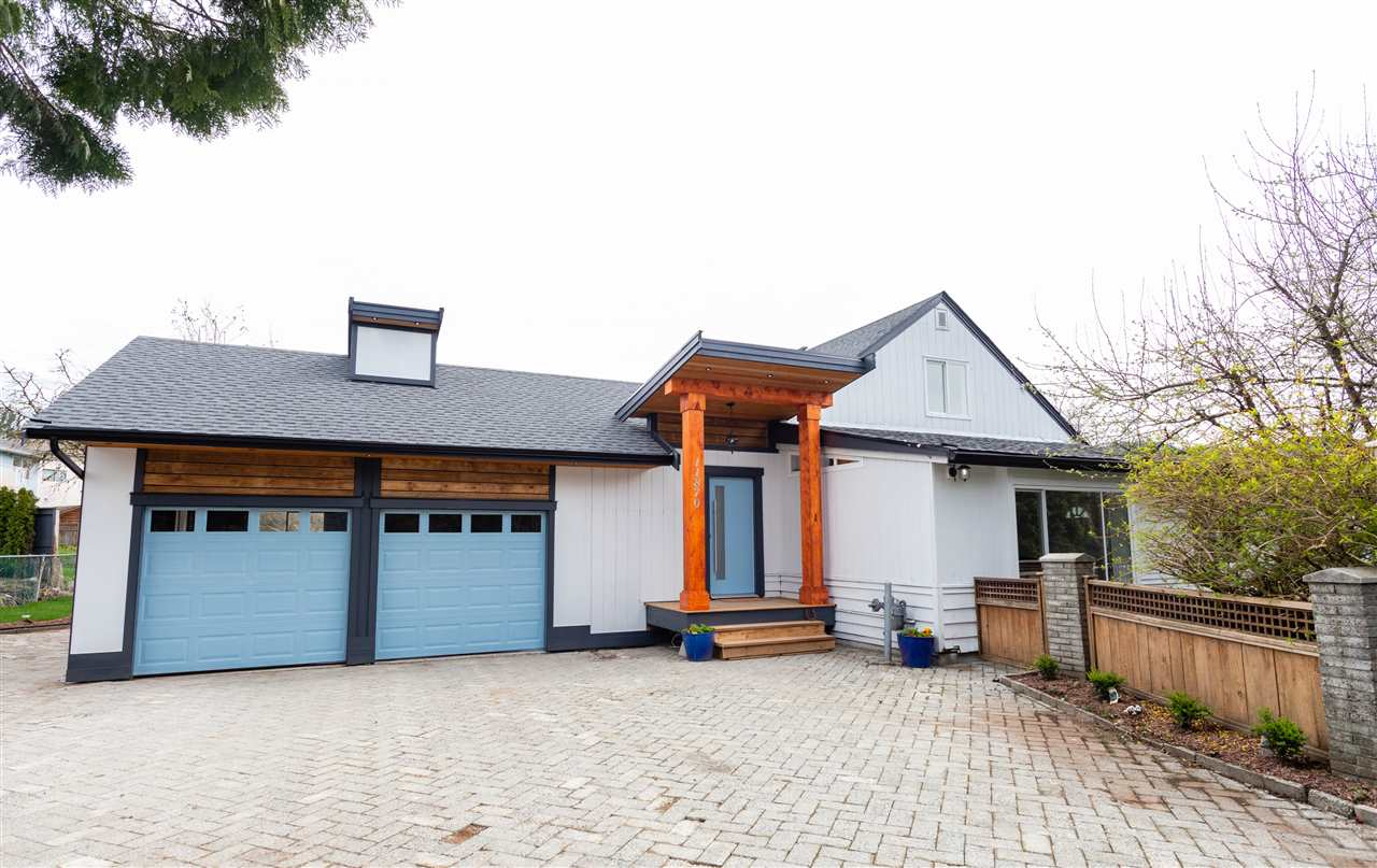 Main Photo: 11870 248 Street in Maple Ridge: Websters Corners House for sale : MLS®# R2260484
