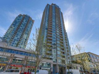 "Main Photo: 707 2968 GLEN Drive in Coquitlam: North Coquitlam Condo for sale in ""Grand Central 2"" : MLS®# R2270565"