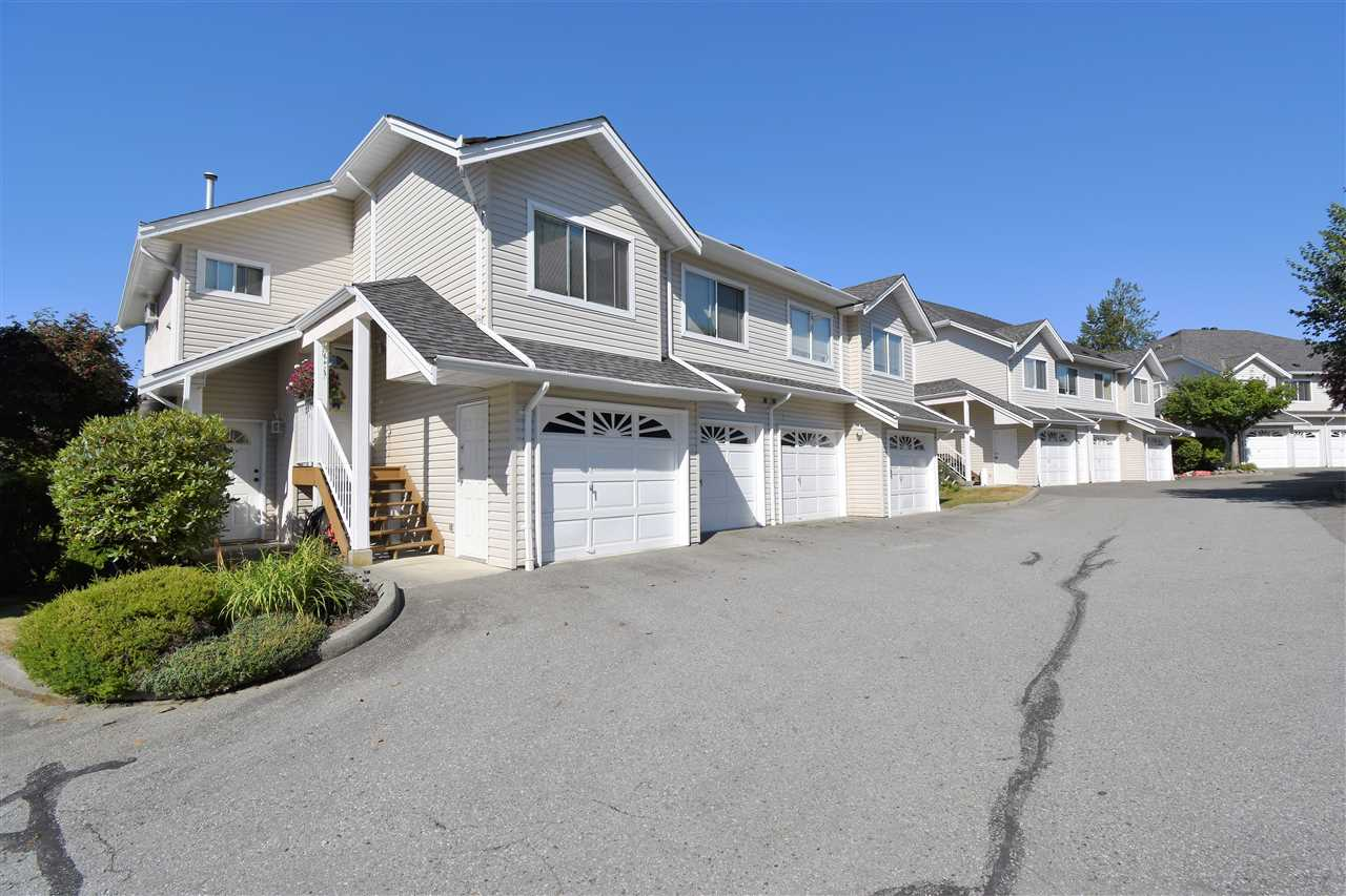 "Main Photo: 34 11588 232ND Street in Maple Ridge: Cottonwood MR Townhouse for sale in ""Cottonwood Village"" : MLS®# R2300819"