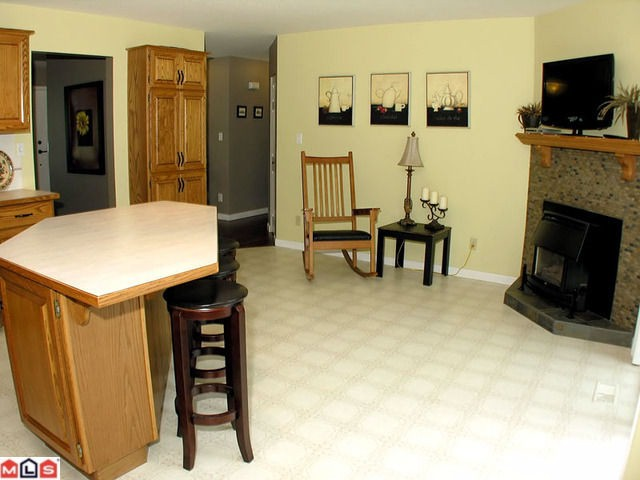 "Photo 7: 44713 KIMBERLY Place in Sardis: Vedder S Watson-Promontory House for sale in ""WATSON GLEN"" : MLS(r) # H1103712"