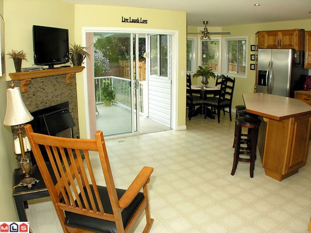 "Photo 5: 44713 KIMBERLY Place in Sardis: Vedder S Watson-Promontory House for sale in ""WATSON GLEN"" : MLS(r) # H1103712"