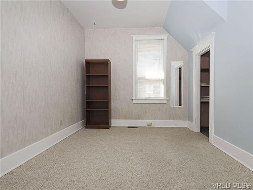 Photo 8: 1743 Newton Street in VICTORIA: Vi Jubilee Single Family Detached for sale (Victoria)  : MLS(r) # 334245