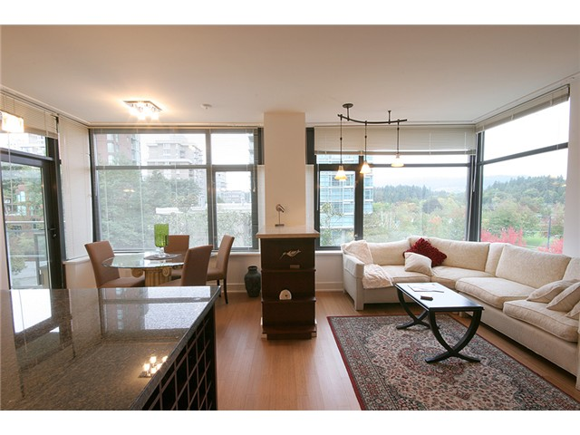 "Main Photo: 403 1863 ALBERNI Street in Vancouver: West End VW Condo for sale in ""LUMIERE"" (Vancouver West)  : MLS(r) # V1053870"