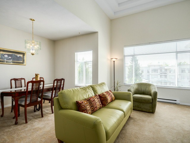 "Photo 4: 404 8220 JONES Road in Richmond: Brighouse South Condo for sale in ""LAGUNA"" : MLS(r) # V1063986"