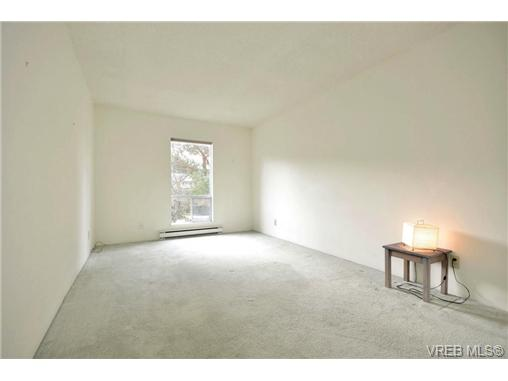 Photo 12: 208 1725 Cedar Hill Cross Road in VICTORIA: SE Mt Tolmie Condo Apartment for sale (Saanich East)  : MLS® # 346130