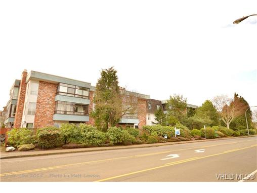 Main Photo: 208 1725 Cedar Hill Cross Road in VICTORIA: SE Mt Tolmie Condo Apartment for sale (Saanich East)  : MLS® # 346130