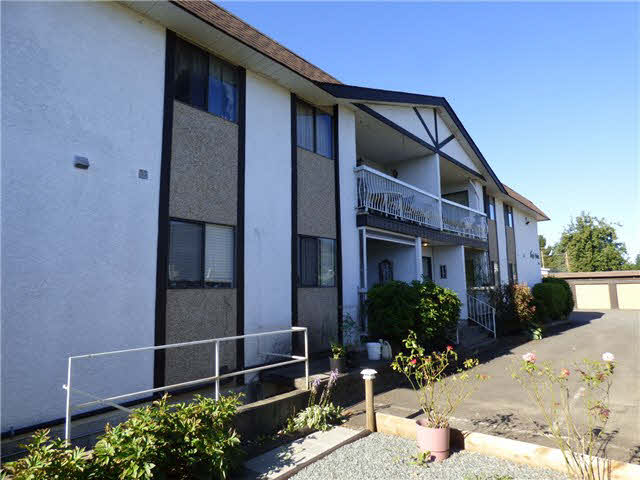 Main Photo: 202 9516 ROTARY Street in Chilliwack: Chilliwack N Yale-Well Condo for sale : MLS(r) # H2152989