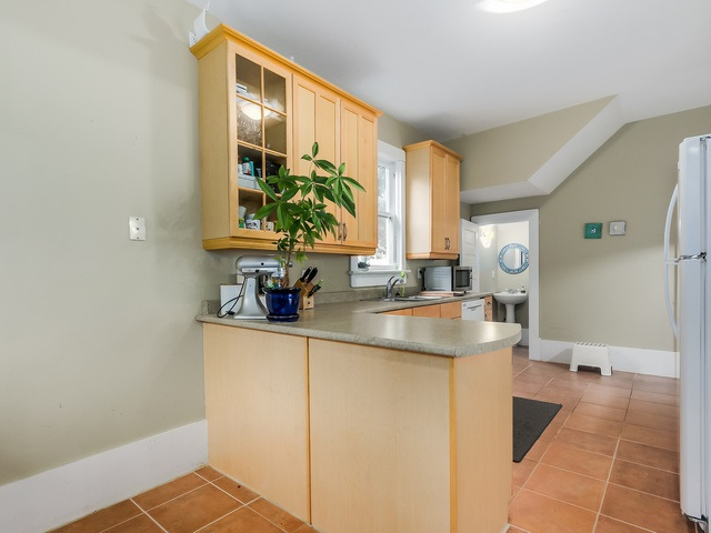 Photo 8: 1332 SALSBURY Drive in Vancouver: Grandview VE House for sale (Vancouver East)  : MLS(r) # R2005751