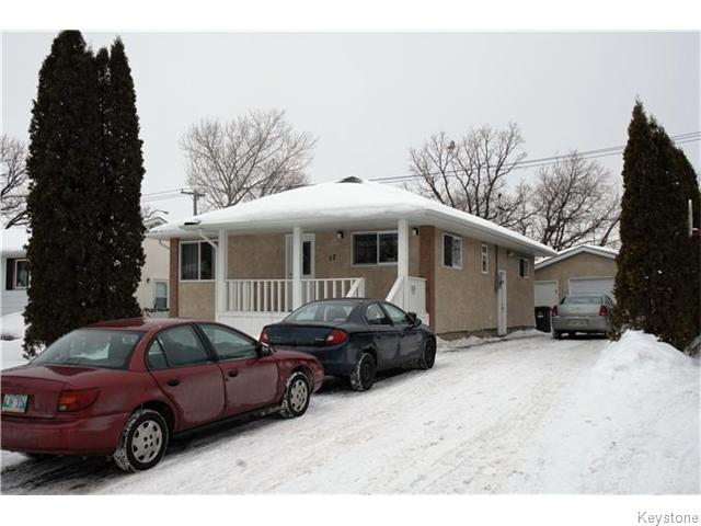 Main Photo: 17 Abbotsford Crescent in Winnipeg: St Vital Residential for sale (South East Winnipeg)  : MLS® # 1604425