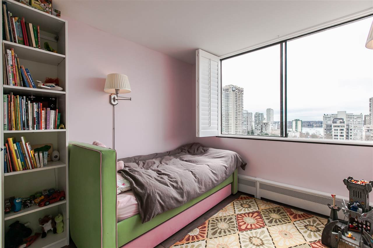 "Photo 11: 1103 1816 HARO Street in Vancouver: West End VW Condo for sale in ""HUNTINGTON PLACE"" (Vancouver West)  : MLS® # R2074280"
