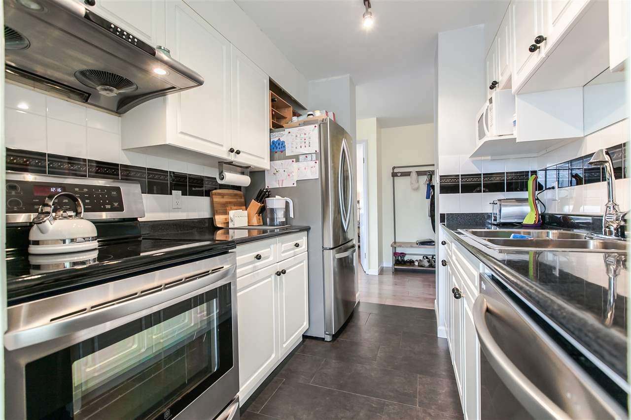 "Photo 7: 1103 1816 HARO Street in Vancouver: West End VW Condo for sale in ""HUNTINGTON PLACE"" (Vancouver West)  : MLS® # R2074280"