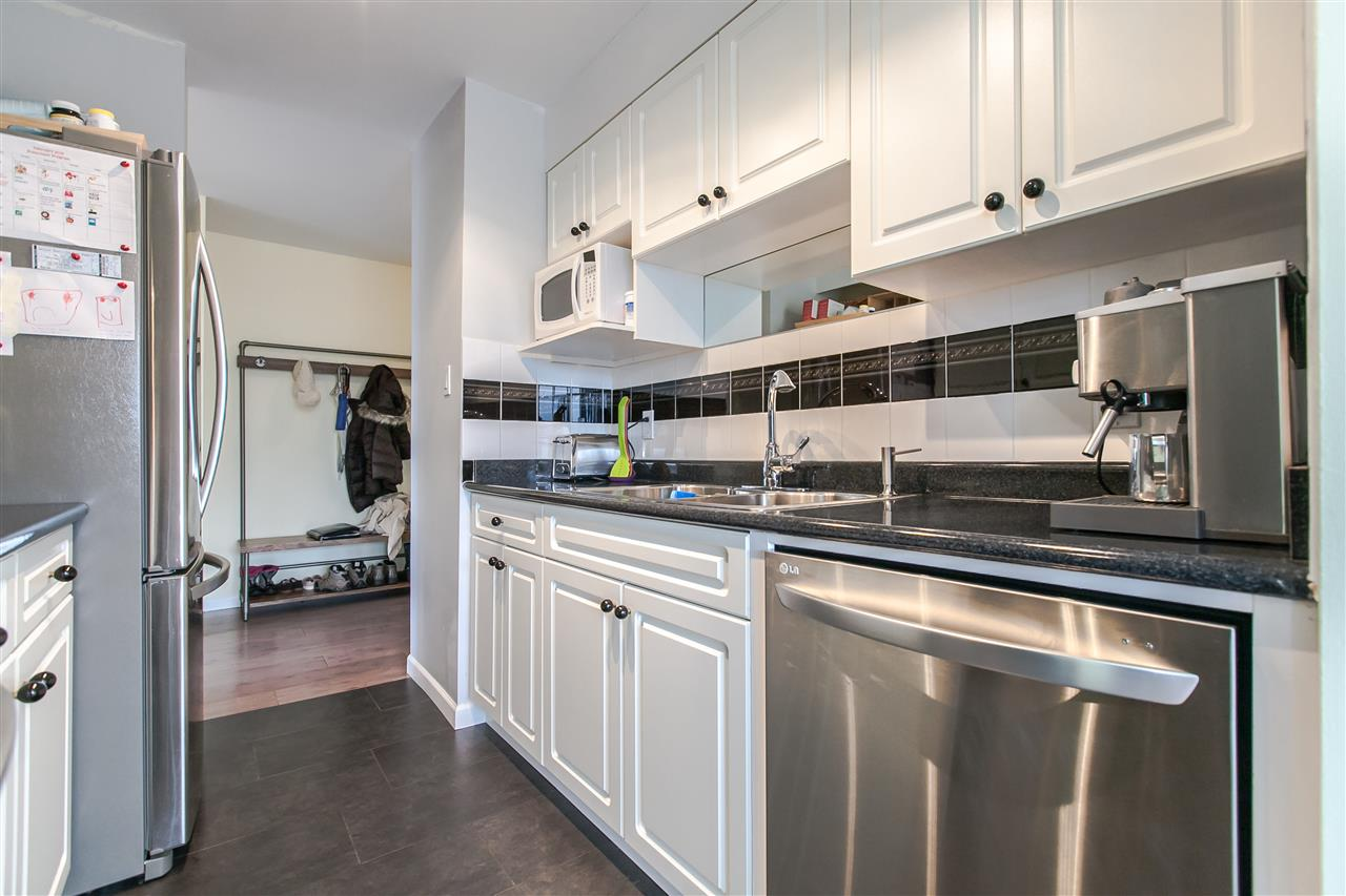 "Photo 6: 1103 1816 HARO Street in Vancouver: West End VW Condo for sale in ""HUNTINGTON PLACE"" (Vancouver West)  : MLS® # R2074280"