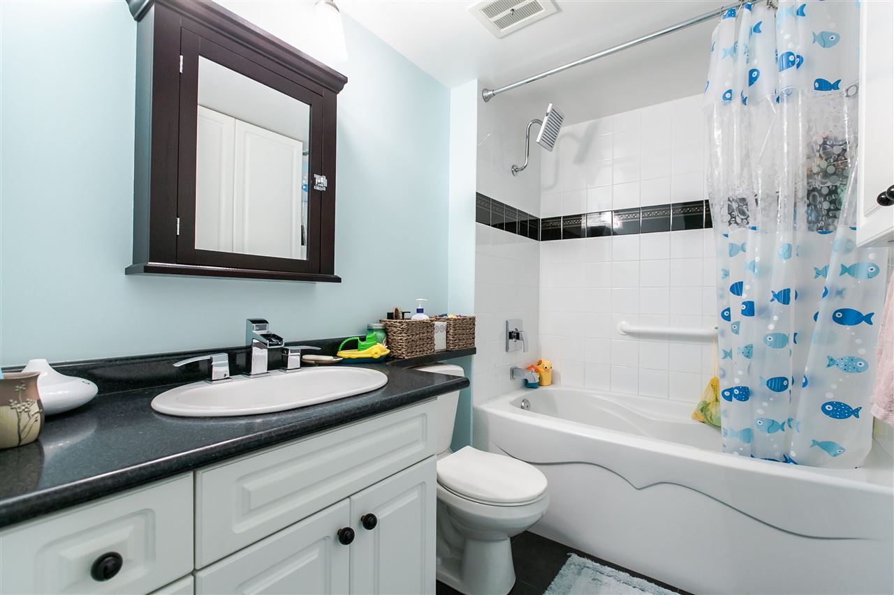 "Photo 12: 1103 1816 HARO Street in Vancouver: West End VW Condo for sale in ""HUNTINGTON PLACE"" (Vancouver West)  : MLS® # R2074280"