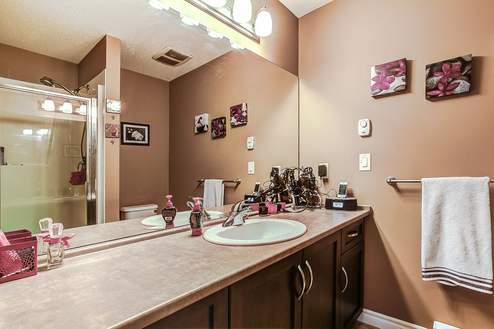 "Photo 10: 12 32501 FRASER Crescent in Mission: Mission BC Townhouse for sale in ""FRASER LANDING"" : MLS(r) # R2117880"