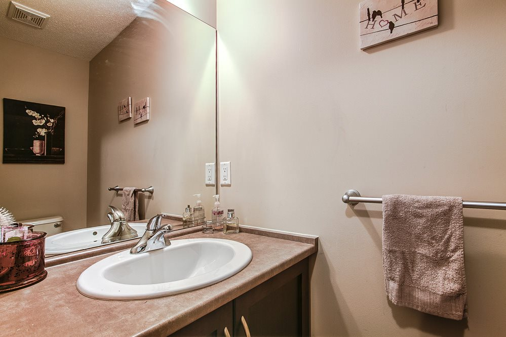 "Photo 11: 12 32501 FRASER Crescent in Mission: Mission BC Townhouse for sale in ""FRASER LANDING"" : MLS(r) # R2117880"