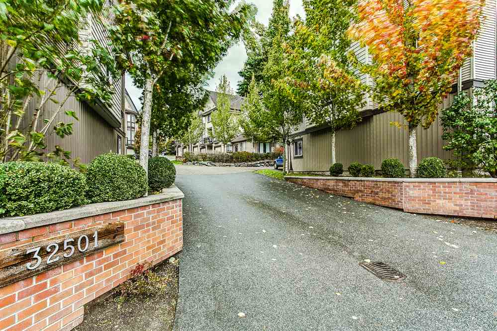 "Photo 15: 12 32501 FRASER Crescent in Mission: Mission BC Townhouse for sale in ""FRASER LANDING"" : MLS(r) # R2117880"