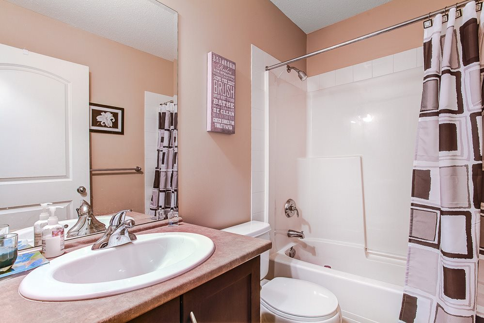 "Photo 8: 12 32501 FRASER Crescent in Mission: Mission BC Townhouse for sale in ""FRASER LANDING"" : MLS(r) # R2117880"