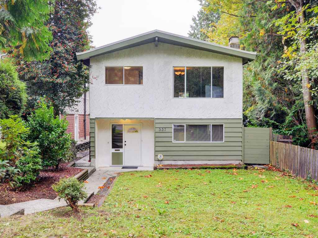Main Photo: 537 W 15TH Street in North Vancouver: Central Lonsdale House for sale : MLS®# R2120937
