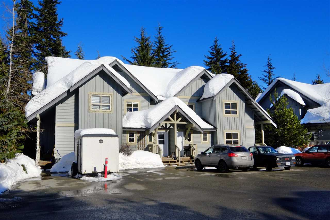 "Photo 9: 11 2720 CHEAKAMUS Way in Whistler: Bayshores Townhouse for sale in ""EAGLECREST"" : MLS® # R2139572"
