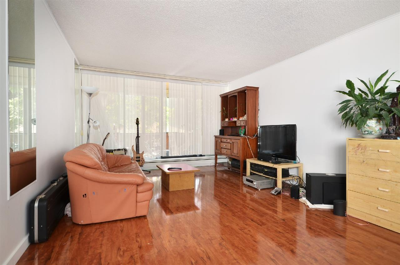"Photo 2: 204 2020 BELLWOOD Avenue in Burnaby: Brentwood Park Condo for sale in ""VANTAGE POINT"" (Burnaby North)  : MLS® # R2156785"