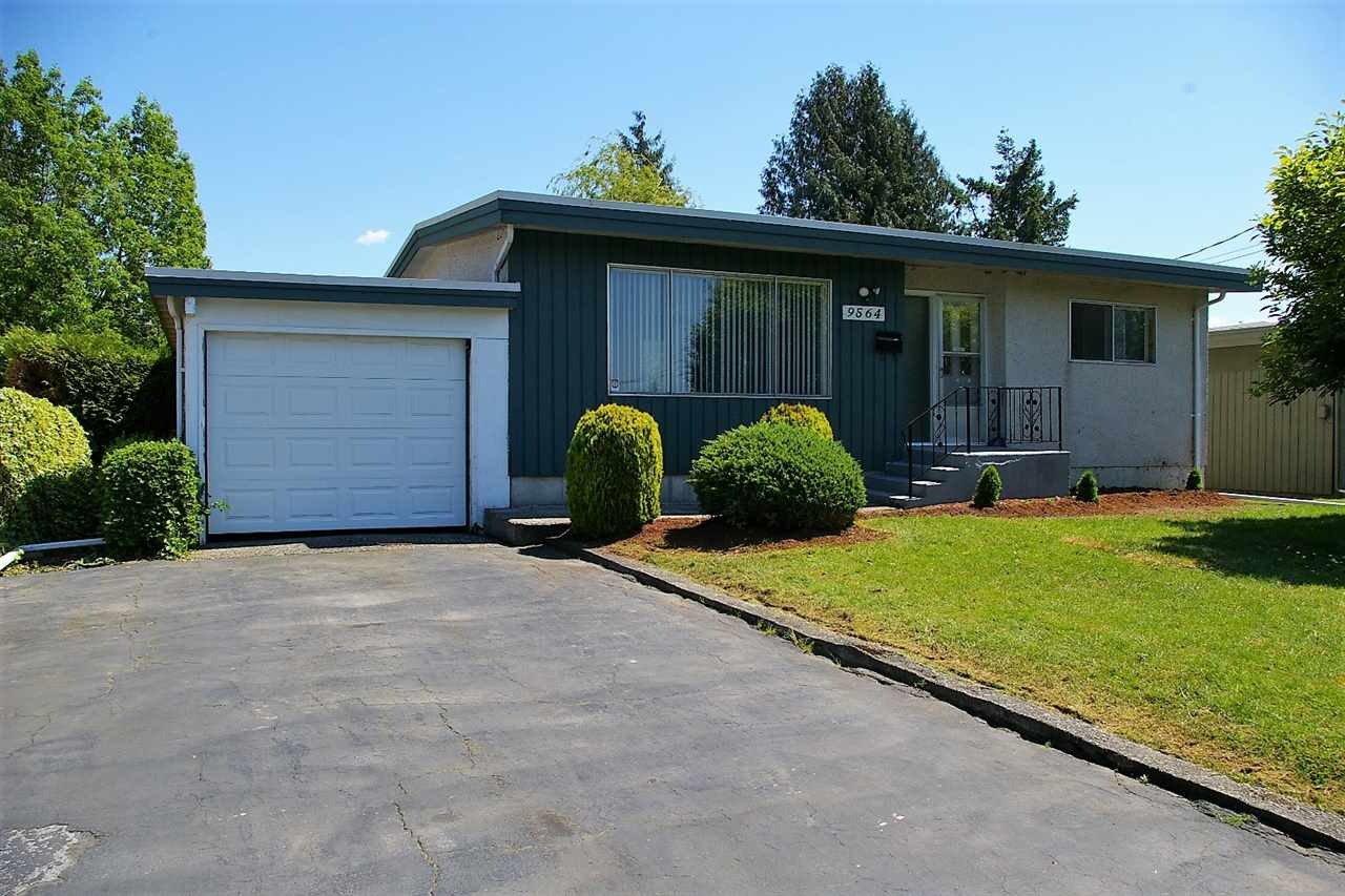 Main Photo: 9564 MENZIES Street in Chilliwack: Chilliwack E Young-Yale House for sale : MLS®# R2169143