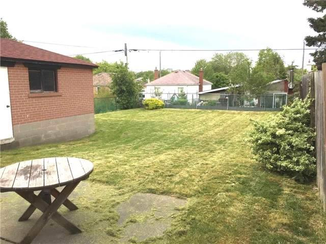 Photo 2: 48 Langside Avenue in Toronto: Humberlea-Pelmo Park W4 House (Bungalow) for sale (Toronto W04)  : MLS(r) # W3817023