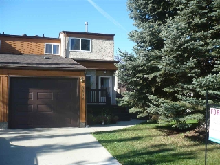 Main Photo: 9014 184 Street in Edmonton: Zone 20 House Half Duplex for sale : MLS® # E4075698