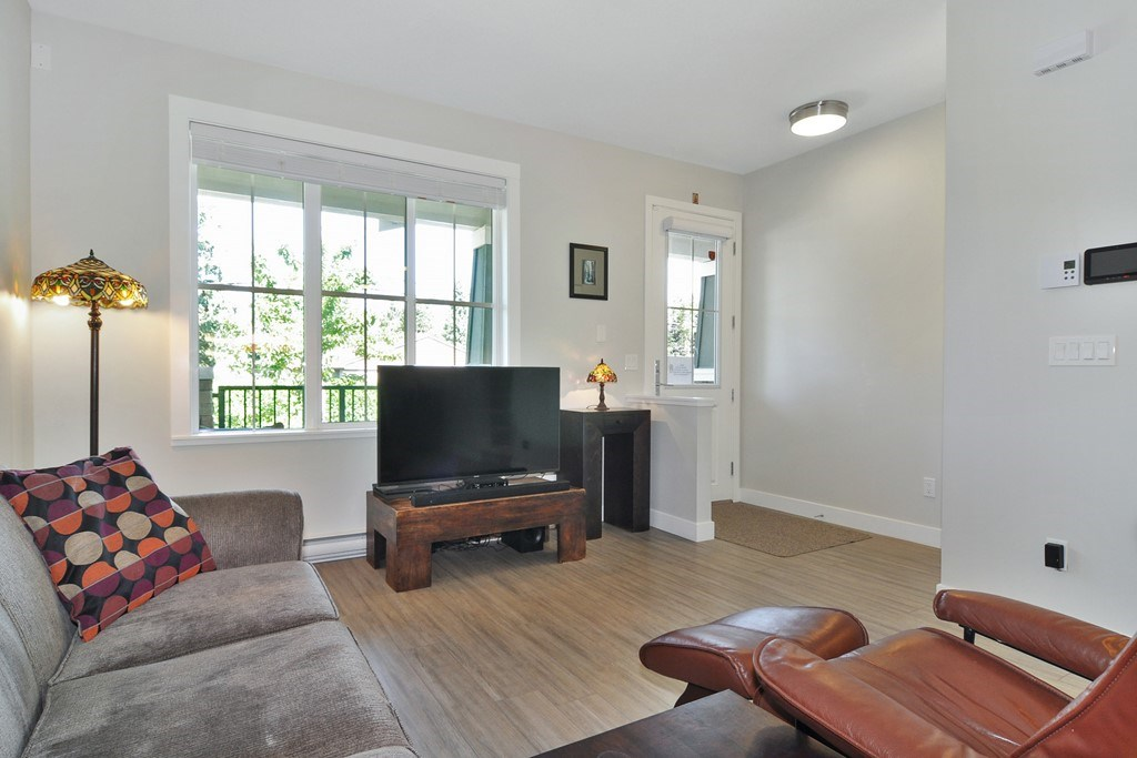 "Photo 2: 43 2138 SALISBURY Avenue in Port Coquitlam: Glenwood PQ Townhouse for sale in ""SALISBURY LANE"" : MLS® # R2193181"