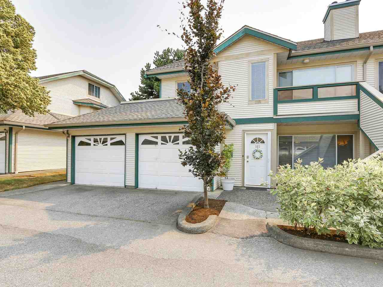 "Photo 2: 103 7837 120A Street in Surrey: West Newton Townhouse for sale in ""BERKSHYRE"" : MLS® # R2194602"