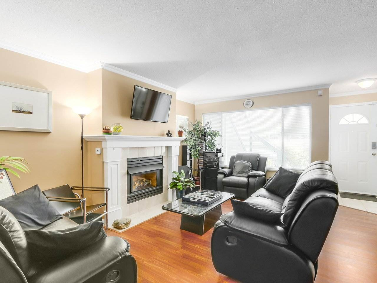 "Photo 4: 103 7837 120A Street in Surrey: West Newton Townhouse for sale in ""BERKSHYRE"" : MLS® # R2194602"