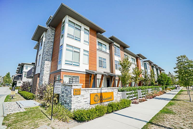 "Main Photo: 88 8473 163 Street in Surrey: Fleetwood Tynehead Townhouse for sale in ""The Rockwoods"" : MLS® # R2202237"