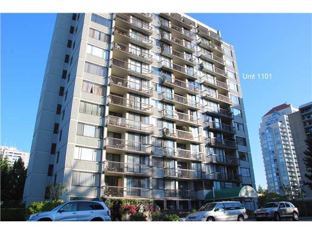 "Main Photo: 1202 620 SEVENTH Avenue in New Westminster: Uptown NW Condo for sale in ""CHARTER HOUSE"" : MLS® # R2202852"