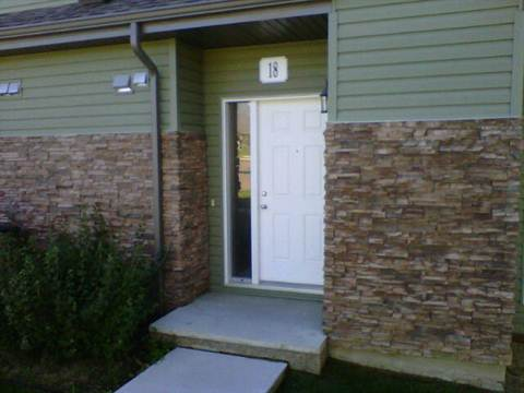 Main Photo: 18, 30 Oak Vista Drive in St. Albert: Condominium for rent