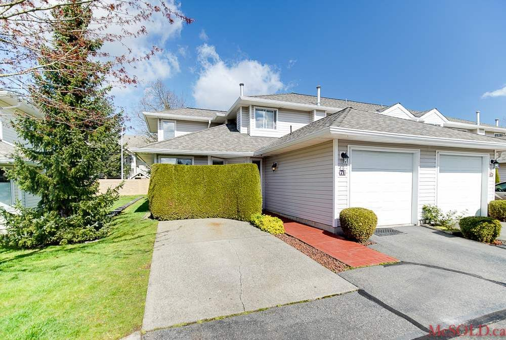 Main Photo: 71 21928 48 Avenue in Langley: Murrayville Townhouse for sale : MLS®# R2211411