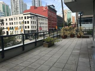 "Main Photo: 308 928 BEATTY Street in Vancouver: Yaletown Condo for sale in ""MAX 1"" (Vancouver West)  : MLS® # R2213143"
