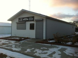Main Photo: 4920 50 Street: Holden Office for sale : MLS® # E4091376