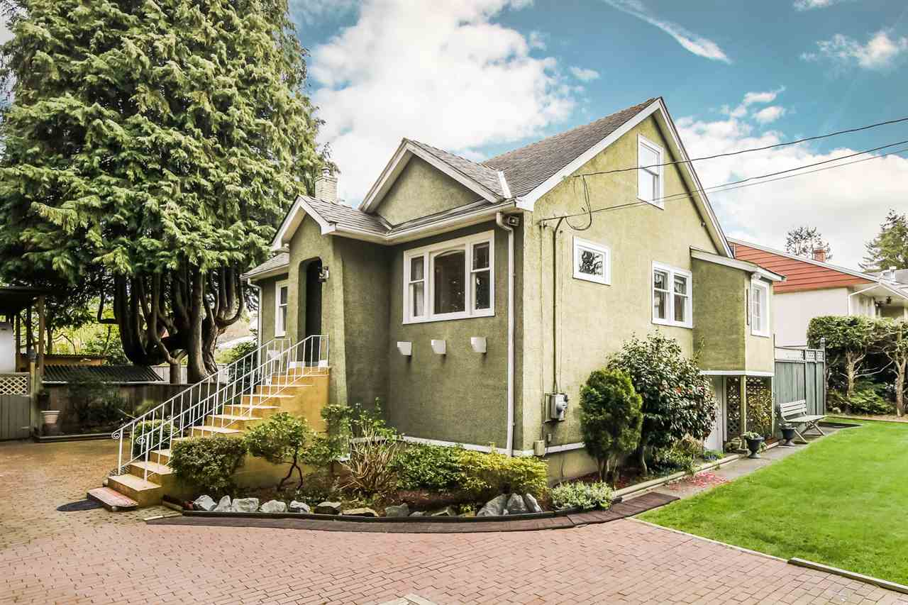 "Main Photo: 13809 BERG Road in Surrey: Bolivar Heights House for sale in ""Bolivar Heights"" (North Surrey)  : MLS®# R2259747"
