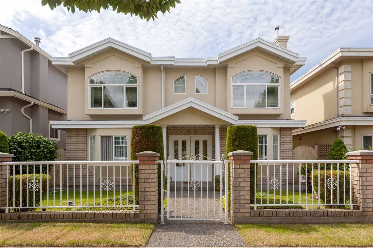 Main Photo: 3516 PETERSHAM Avenue in Vancouver: Killarney VE House for sale (Vancouver East)  : MLS®# R2285340