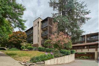 "Main Photo: 407 9857 MANCHESTER Drive in Burnaby: Cariboo Condo for sale in ""Barclay Woods"" (Burnaby North)  : MLS®# R2287452"
