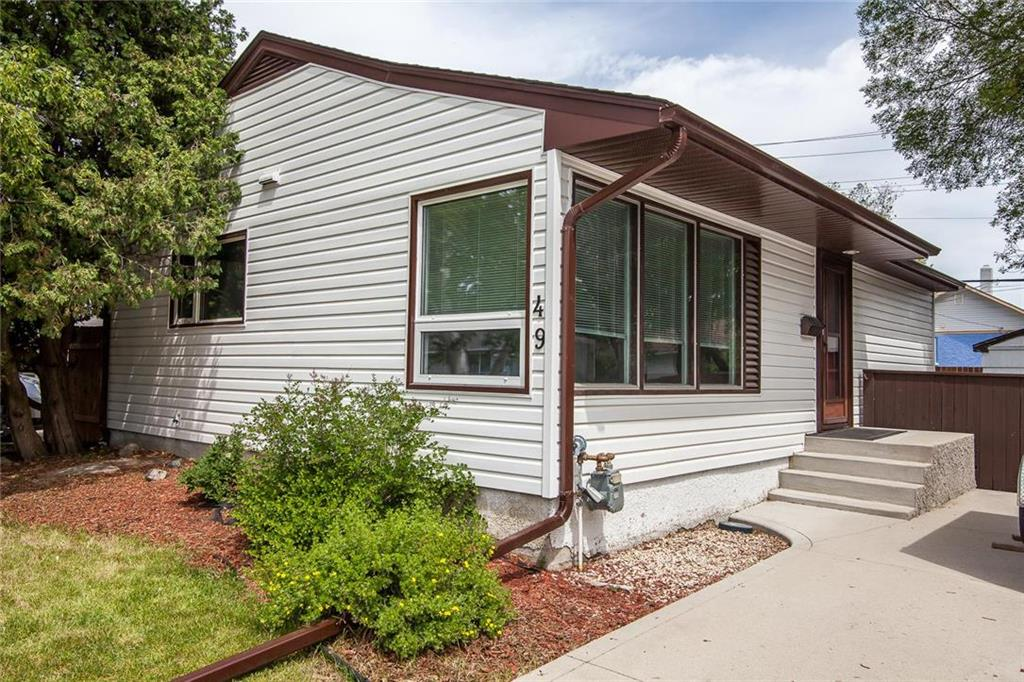 FEATURED LISTING: 49 Beaverbend Crescent Winnipeg