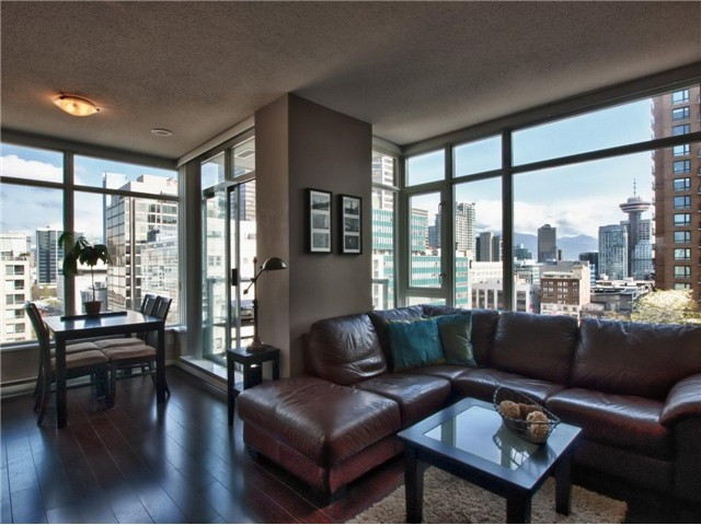 "Main Photo: 1202 480 ROBSON Street in Vancouver: Downtown VW Condo for sale in ""R&R"" (Vancouver West)  : MLS® # V886537"