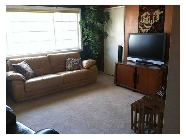 Photo 4: DEL CERRO House for sale : 4 bedrooms : 5640 Marne Avenue in San Diego