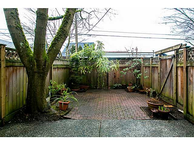 Photo 18: 1827 W 13TH Avenue in Vancouver: Kitsilano Townhouse for sale (Vancouver West)  : MLS(r) # V1044787