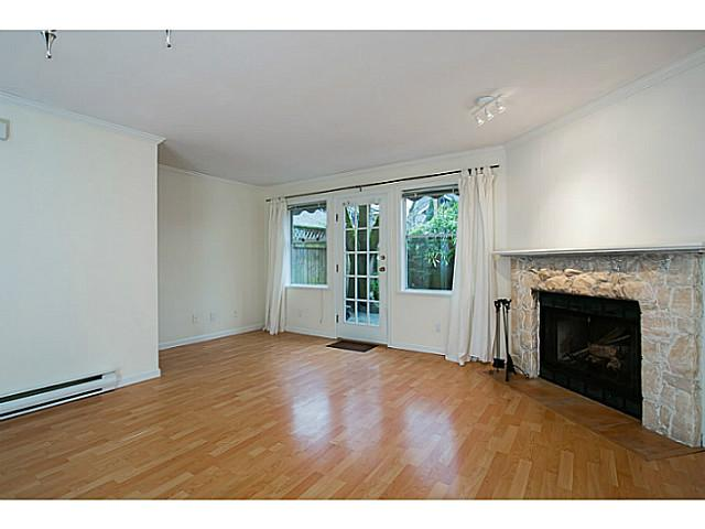 Photo 3: 1827 W 13TH Avenue in Vancouver: Kitsilano Townhouse for sale (Vancouver West)  : MLS(r) # V1044787