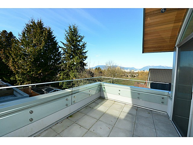 Photo 13: 3843 HEATHER Street in Vancouver: Cambie House for sale (Vancouver West)  : MLS(r) # V1048482