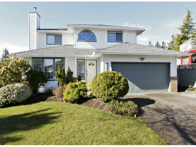 "Main Photo: 1615 143B Street in Surrey: Sunnyside Park Surrey House for sale in ""Ocean Bluff"" (South Surrey White Rock)  : MLS® # F1406922"