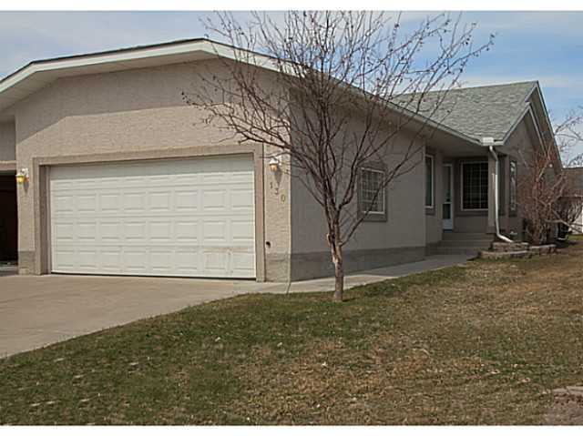 Main Photo: 130 RIVERSIDE Crescent NW: High River Residential Attached for sale : MLS® # C3612435
