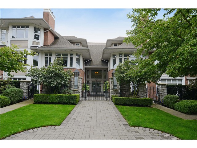 "Main Photo: 114 3188 W 41ST Avenue in Vancouver: Kerrisdale Condo for sale in ""THE LANESBOROUGH"" (Vancouver West)  : MLS® # V1063940"