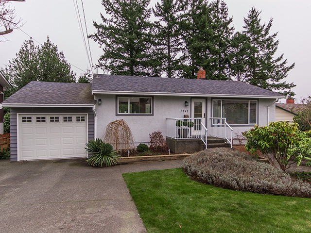 Main Photo: 1242 PARKER ST in : White Rock House for sale : MLS® # F1304866